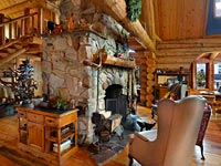 Mountain log home overlooking the most breathtaking lake & scenery in North Idaho?